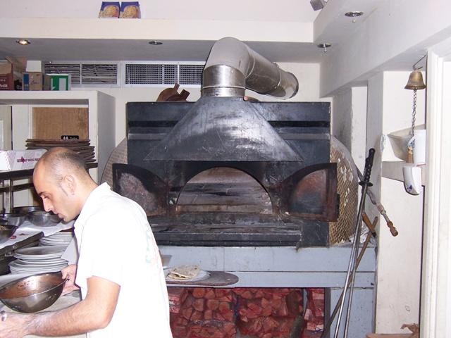 Storia e utilizzo del forno a legna da come costruirlo - Forno senza canna fumaria ...